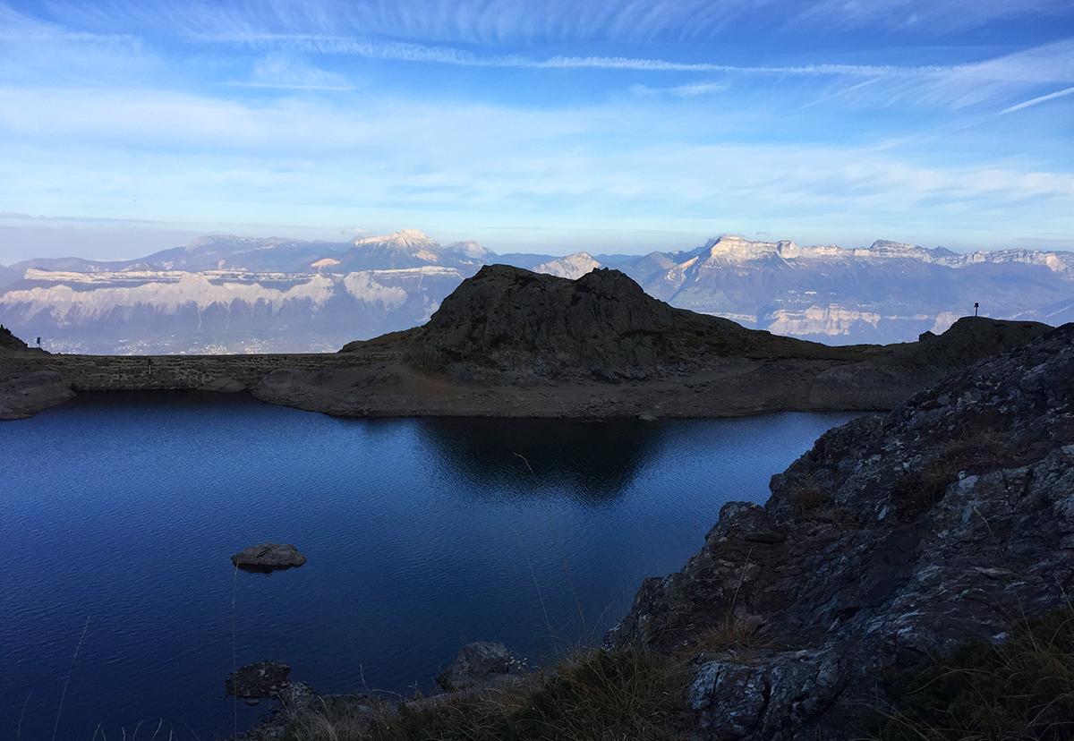 Passage par le lac du Crozet - arêtes Dent du Loup