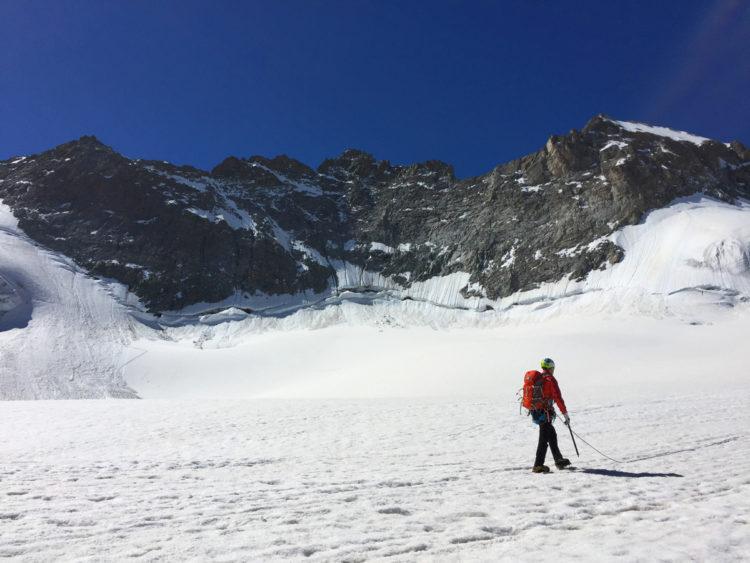 Randonnée et ateliers glace sur le Glacier de la Girose - Virée Verticale