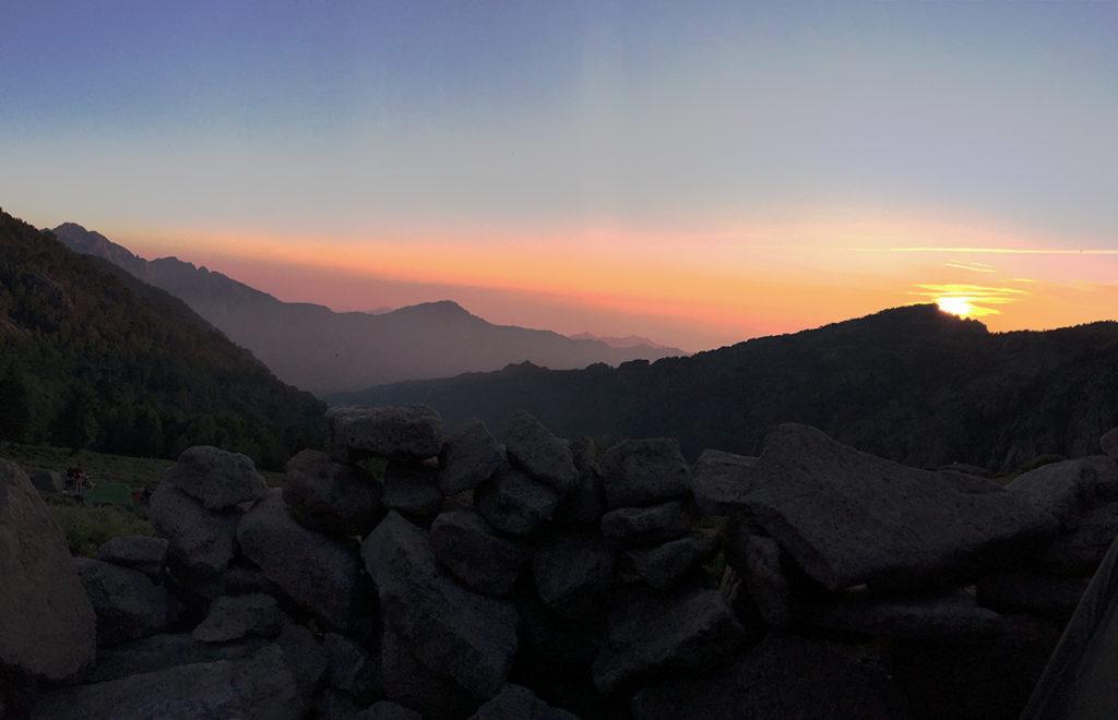 Premier coucher du soleil, au refuge d'Ortu di u Piobbu, GR20, Virée Verticale