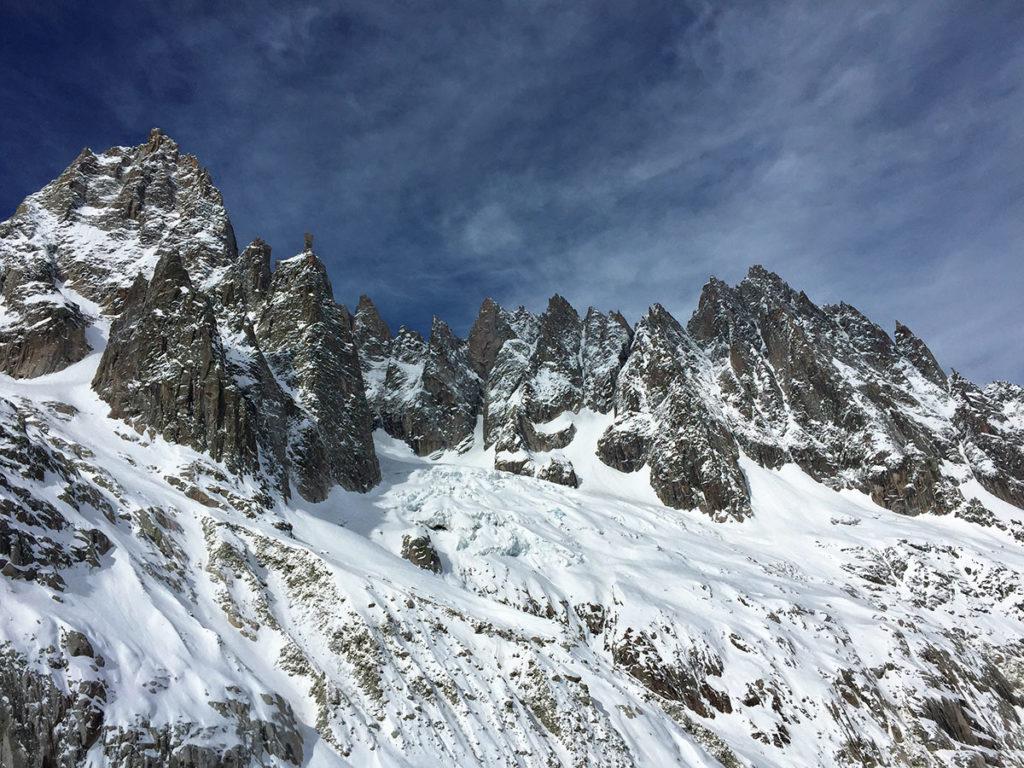 L'envers des Aiguilles de Chamonix et son totem, Virée Verticale