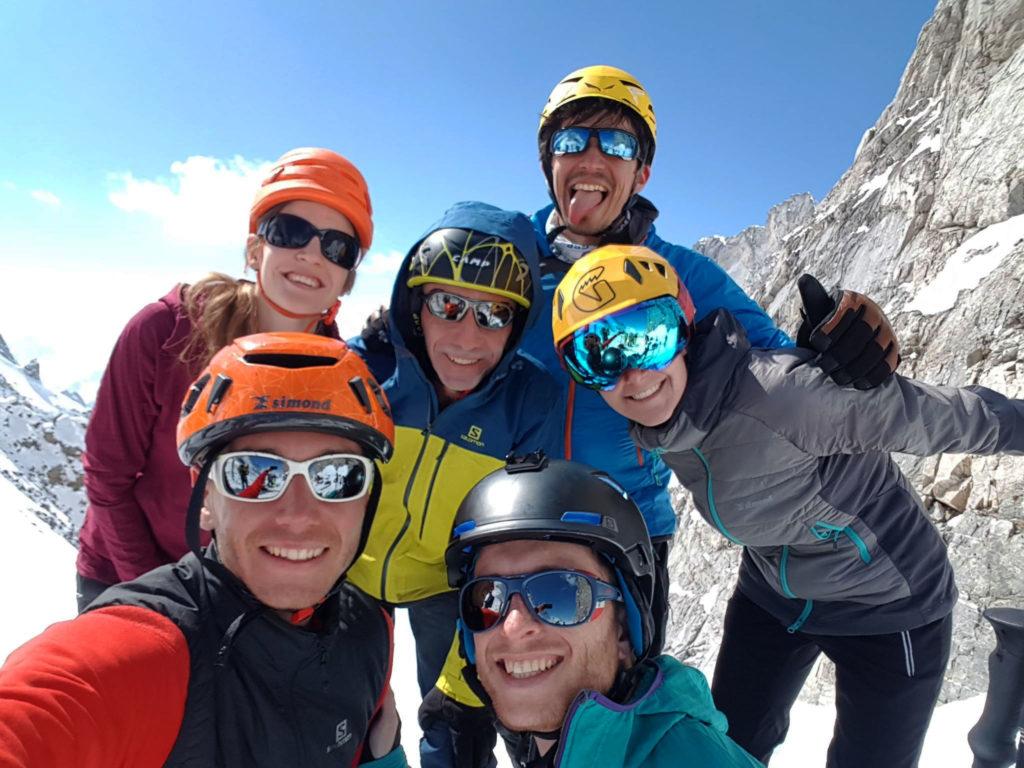 La dream team arrivée au Col de la Grande Casse - Virée Verticale, la Vanoise en ski de randonnée