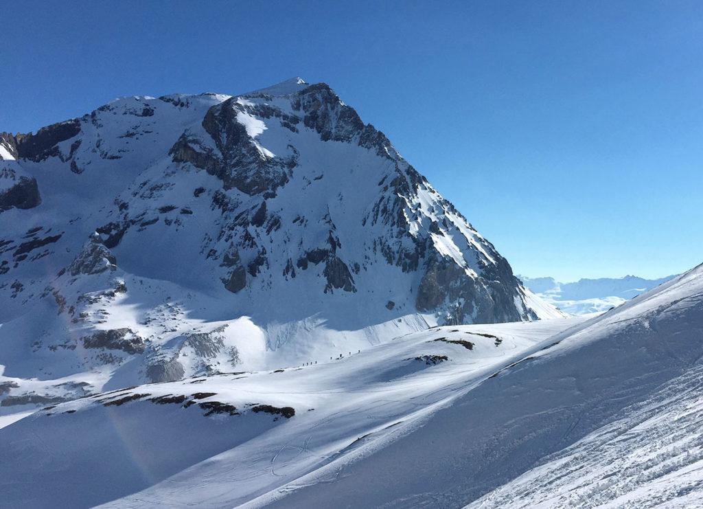 Distinguez vous les skieurs sur le fil de l'arête ? - Virée Verticale, en Vanoise