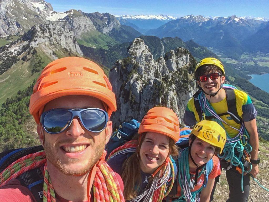 Selfie au sommet avec la team, Virée Verticale