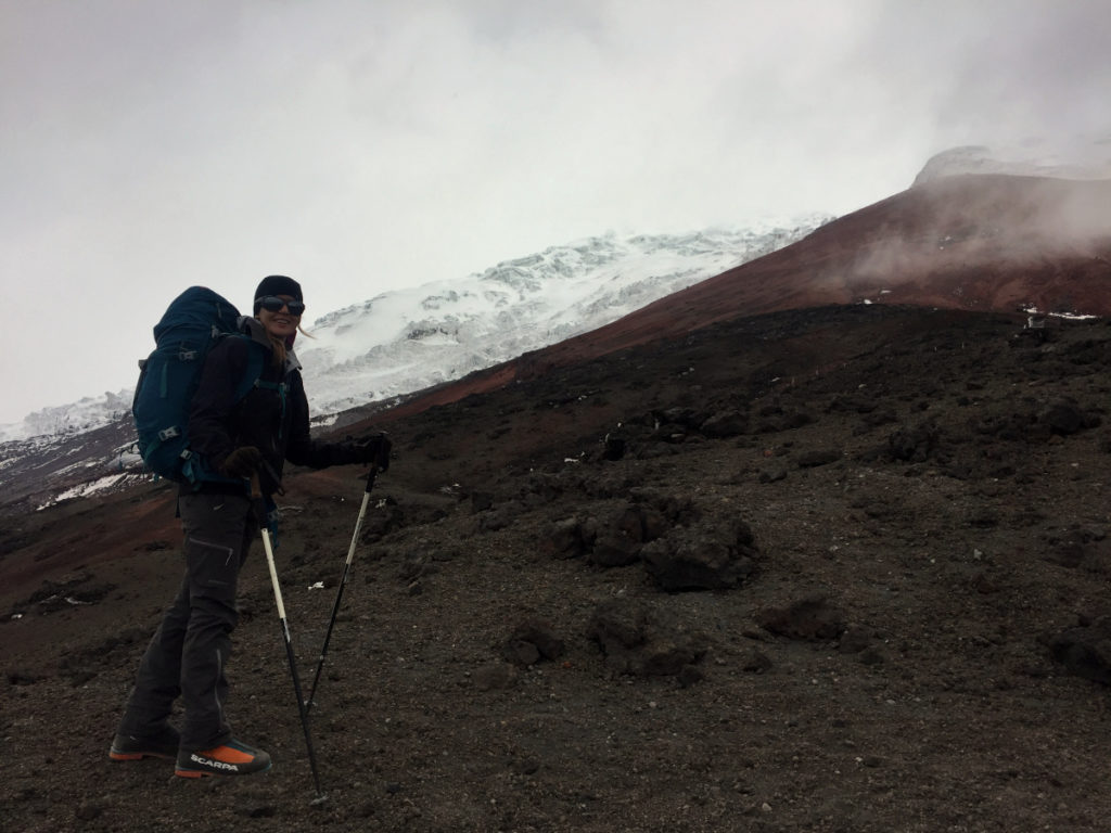 Aux abords du refuge, le glacier est bien visible